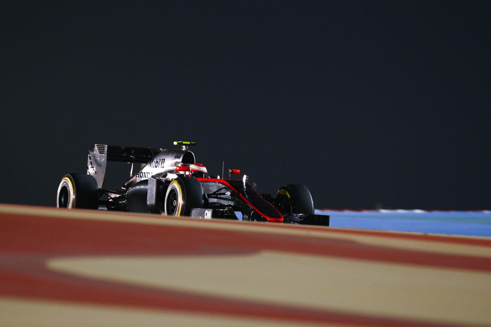 Hivatalos: Button nem áll rajthoz a Bahreini Nagydíjon!