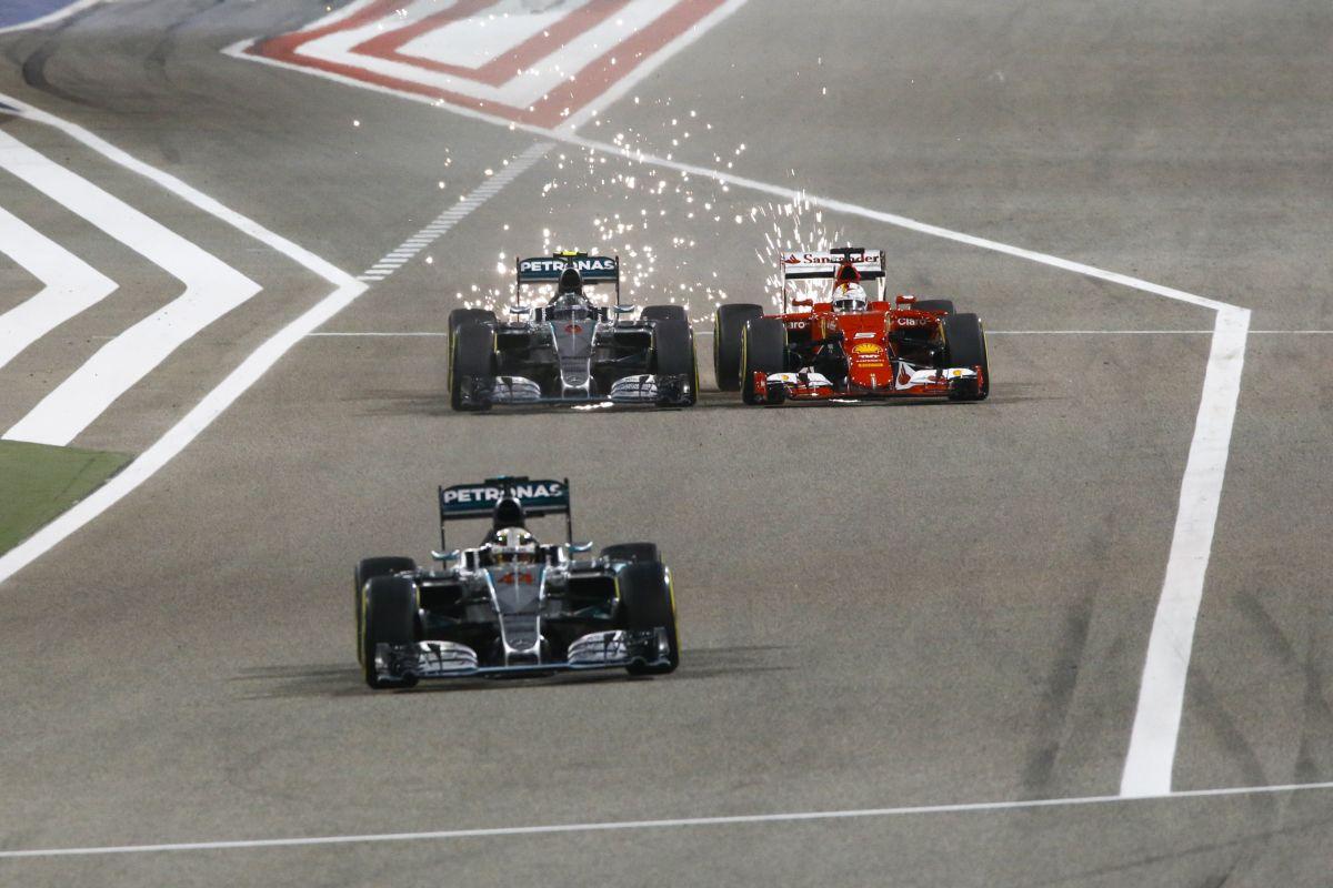 Különös élvezet megelőzni a Ferrarikat: Rosbergnek is beesett a fékpedálja