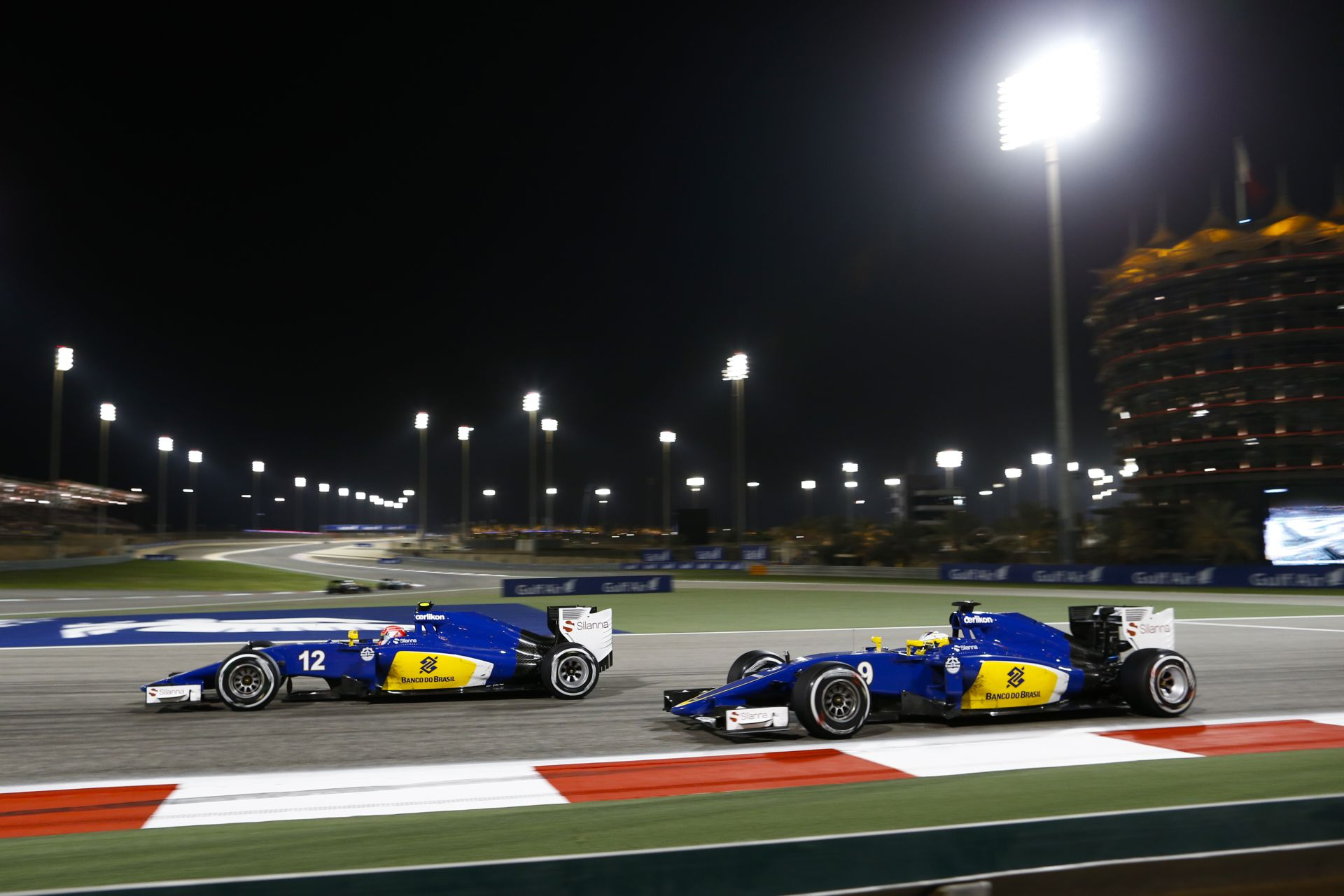 A Sauber a Ferrarinak tesztel?