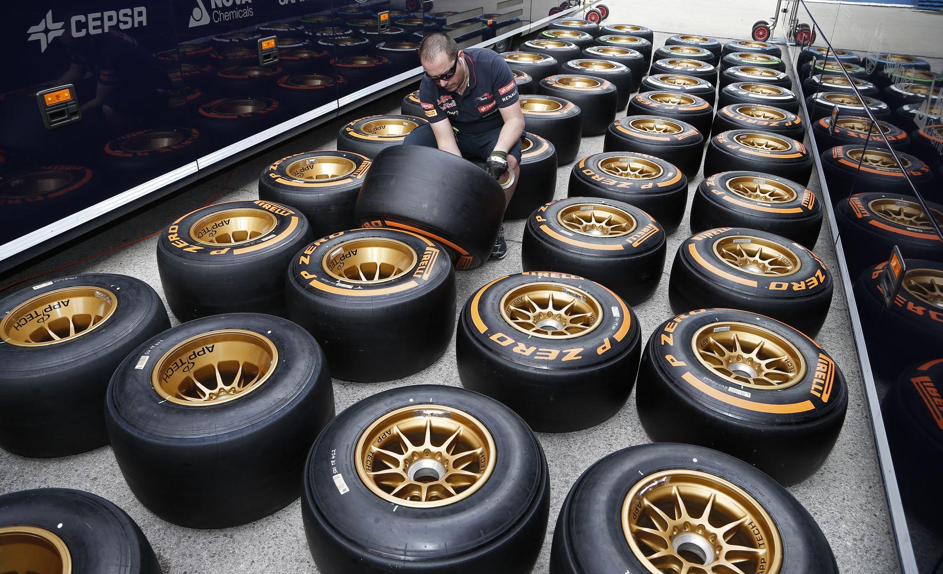 Pirelli: 1.2 - 1.5 másodperces teljesítménykülönbség