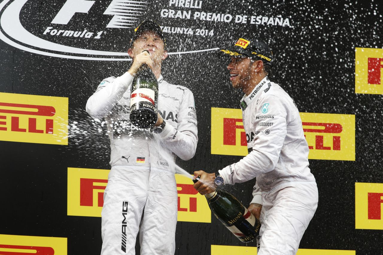 A Mercedes nem bízhatja el magát Monacóban: rögtön megmar, ha elszállsz magadtól