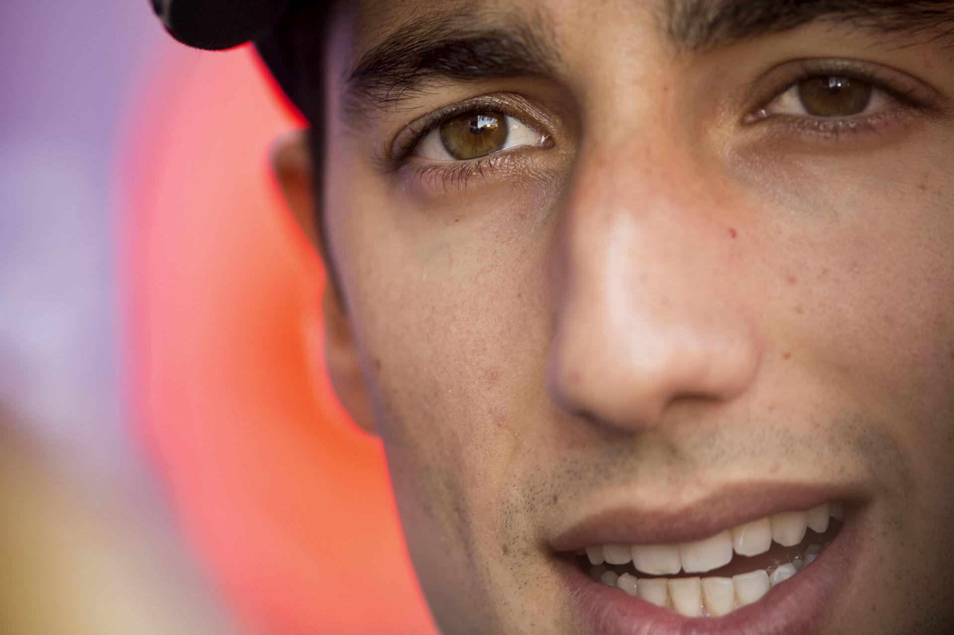 Ricciardo: A szezon végén kiderül, hogy én, vagy Vettel a gyorsabb