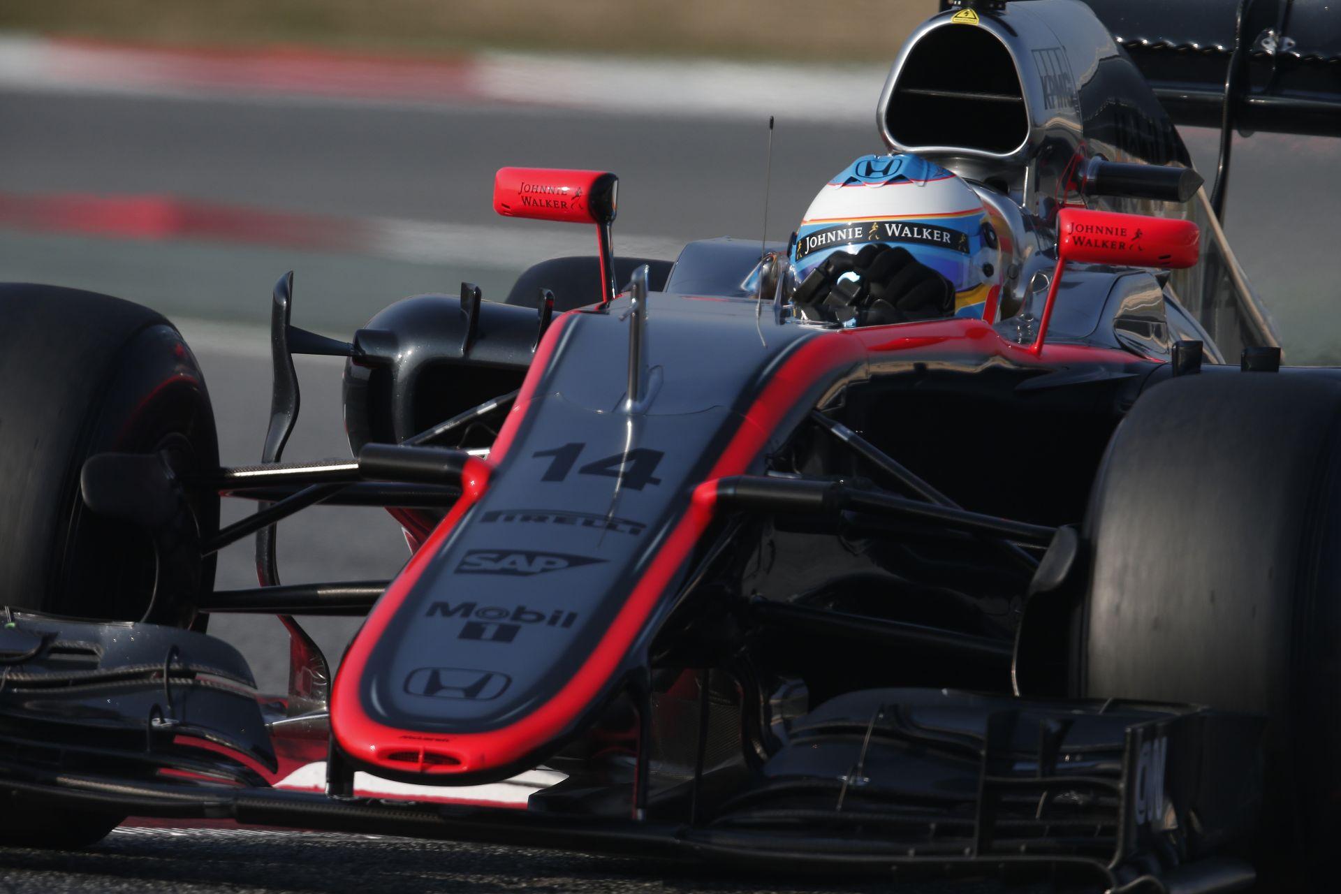 Alonso egy nagyon gyenge McLarennel fog visszatérni: 150 lóerős hátrány