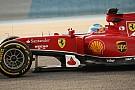 Sok a kérdőjel, még a Ferrarinál is: Alonso és Raikkönen a kockás zászlóra hajt