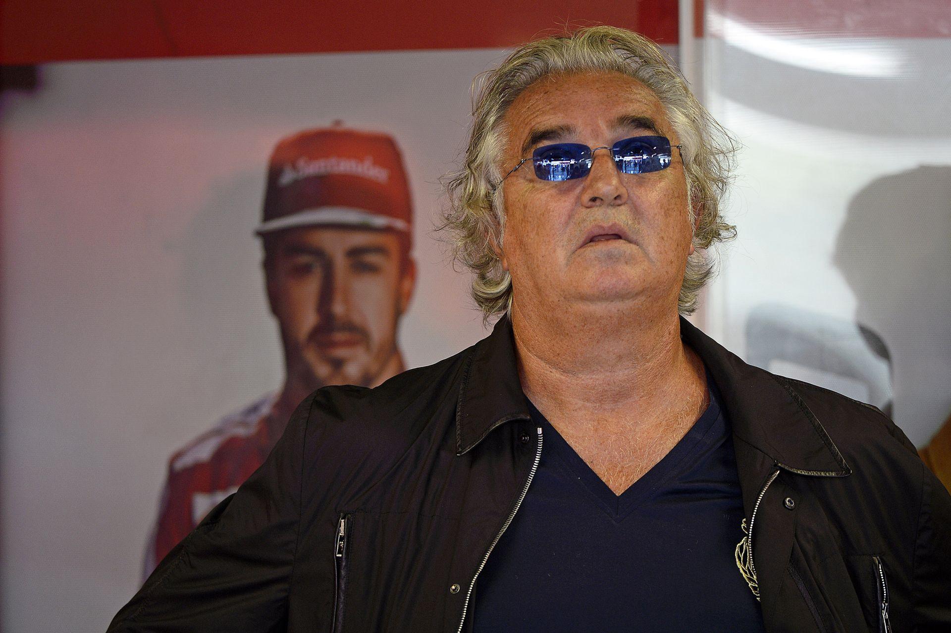 Briatore: Lehangoló és katasztrofális az új Forma-1! Vége lehet a királykategóriának! A Ferrari meg nagyon gyenge