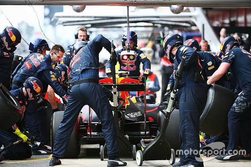 Стратеги Red Bull отримали нове програмне забезпечення, аби уникнути проблем з піт-стопами