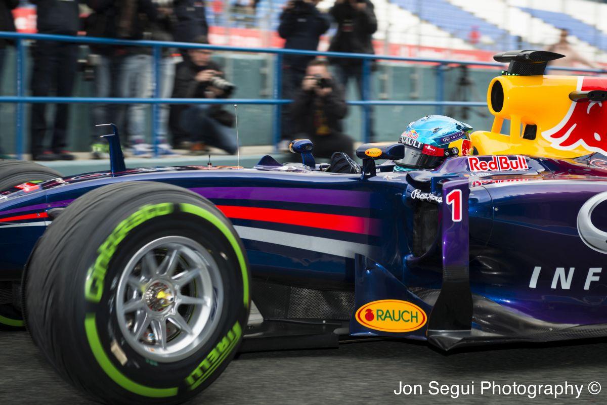 Mateschitz: A Red Bull még mindig bajnok lehet 2014-ben! Várjuk csak meg az első versenyt