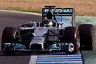 Lauda: Ebben a pillanatban az élen lehet a Mercedes, de…