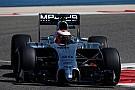 Alakul a Forma-1! Magnussen nyerte a második tesztnapot Bahreinben, éledezik a Red Bull!