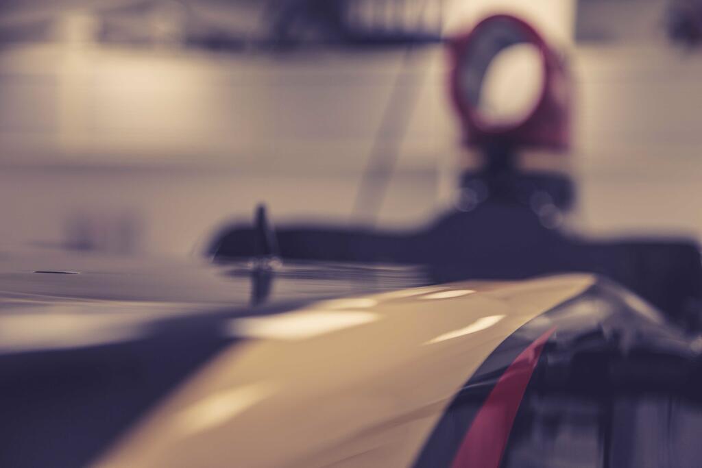 Egyre többet mutat meg az új autójából a Lotus: Sikeres teszt a csapatnál