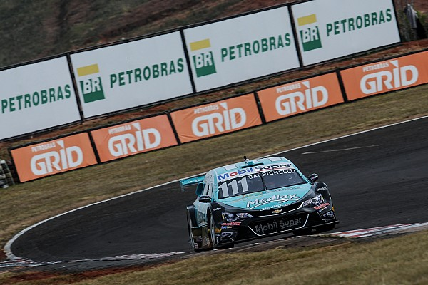 Stock Car Brasil Brazilian V8 Stock Cars: Homework done. Barrichello takes pole in Tarumã
