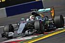 Hamilton non si fa parcheggiare da Rosberg e vince il GP d'Austria