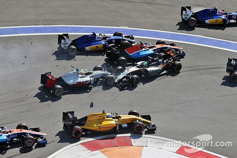 З якими штрафами гонщики Ф1 пішли у відпустку