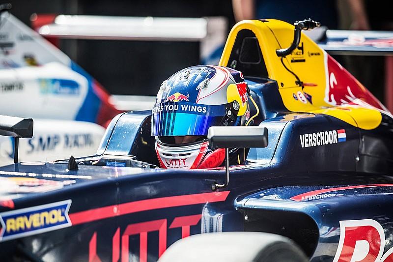 SMP F4 Moskou: Verschoor wint door drive through's ontsierde race
