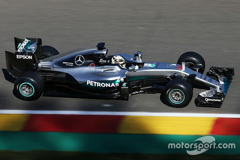 Hamilton farà solo la Q1 per partire con le gomme a mescola media?