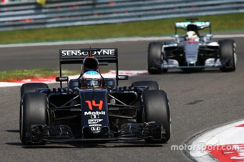 Анализ: почему McLaren пора избавиться от груза истории