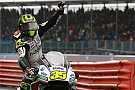 Crutchlow pakt op kletsnat Silverstone de pole voor thuisrace
