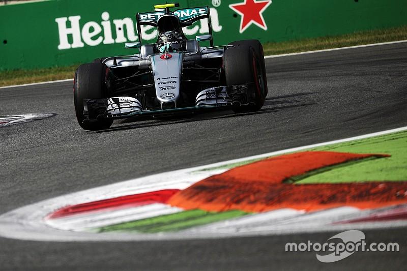 Tussenstand: Rosberg leidt bloedstollend slot in
