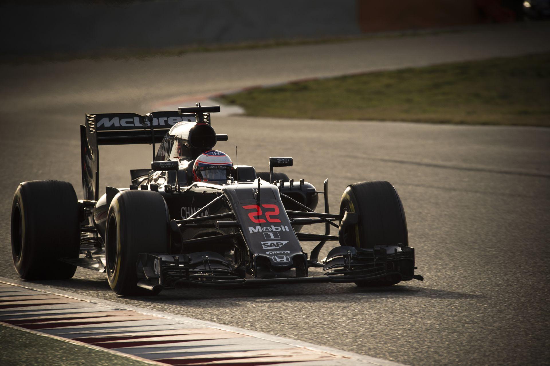 Brutálisan jó festést kapott az idei McLaren-Honda, és ez a valóság!