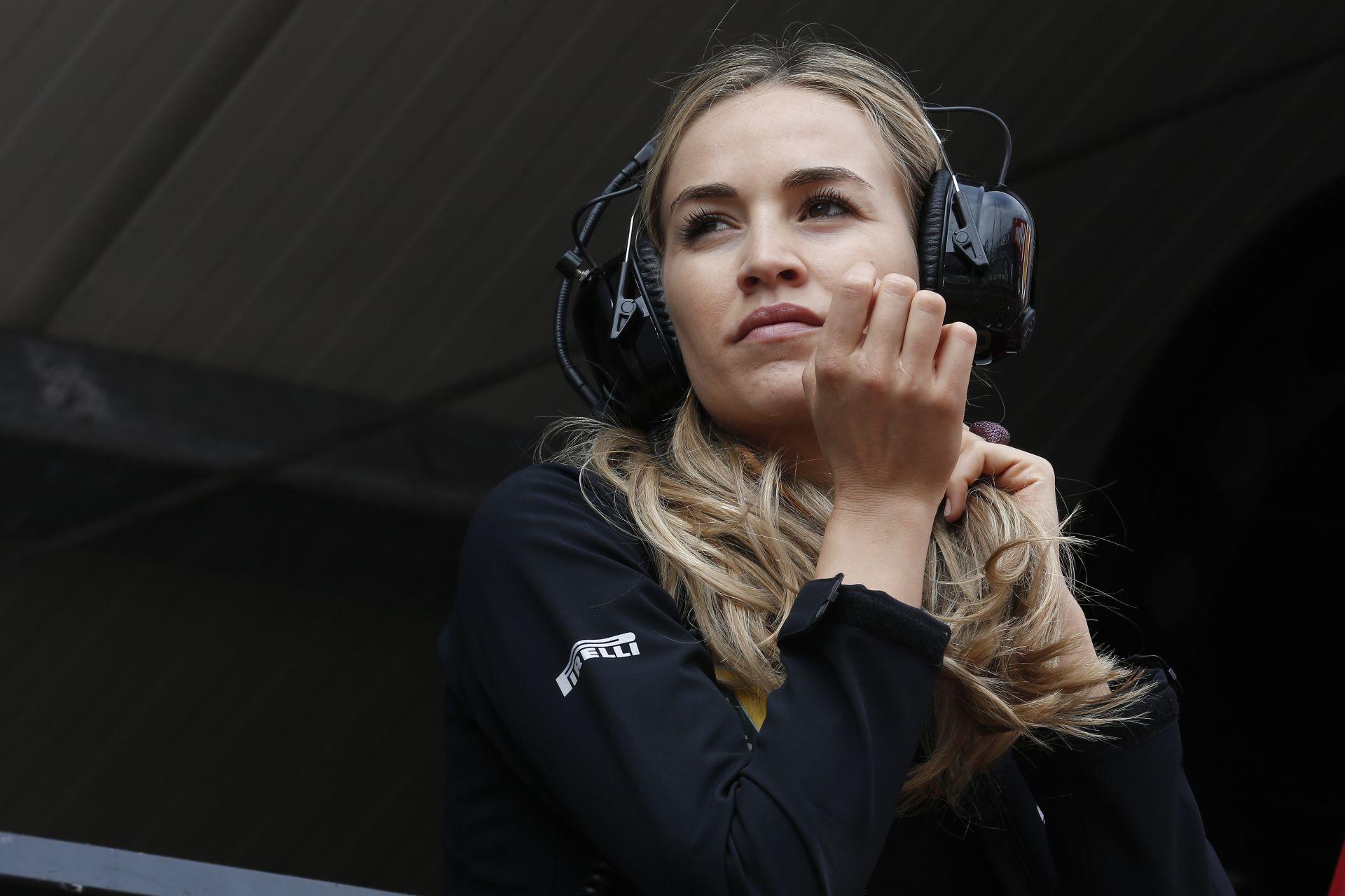 Carmen Jorda is ott figyel a Renault garázsában!