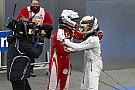 Hamilton és Vettel imádják egymást: nagy show-t csináltak vasárnap
