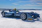 Lucas di Grassi im Formel-E-Auto am Nordpol