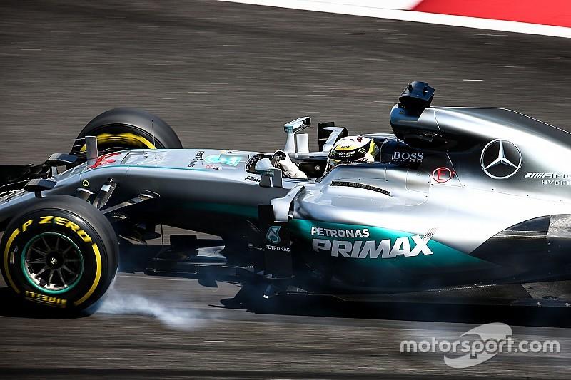 Lewis Hamilton snelste in VT2, sterke racepace Max Verstappen