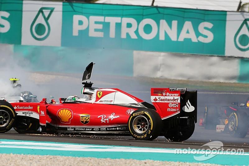 """Vettel over startincident: """"Ik remde niet te laat"""""""