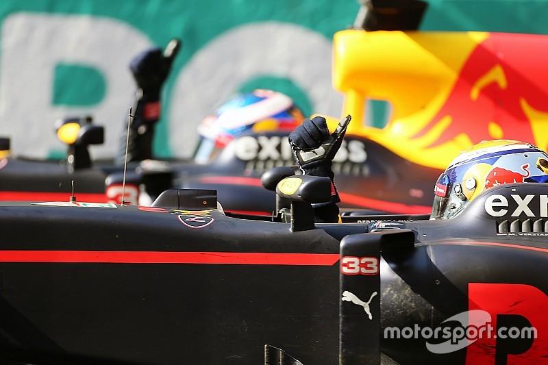 """Ricciardo genoot van gevecht met Verstappen: """"Cool om zo in F1 te racen"""""""
