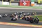 MotoGP: Videón az életveszélyes baleset a Brit Nagydíj rajtja után!