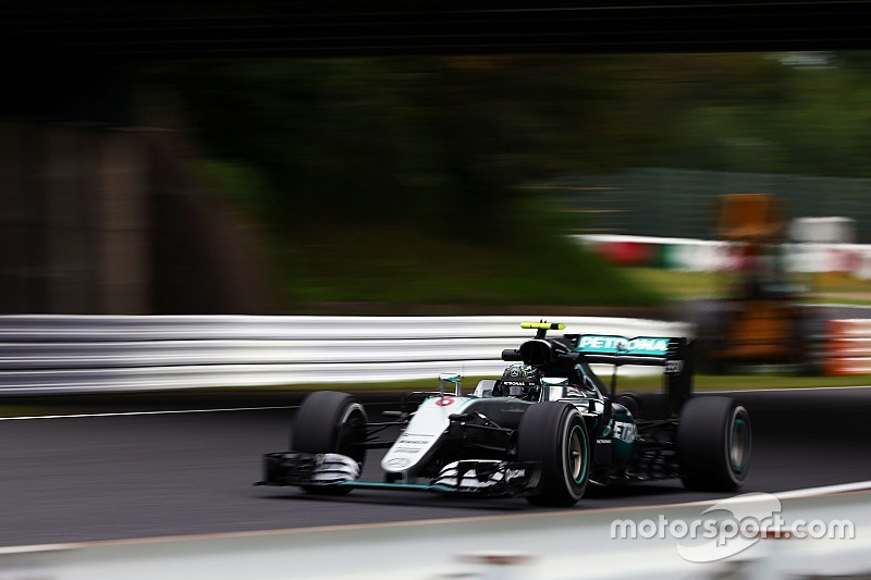Rosberg bovenaan in laatste oefensessie Japan, Verstappen vierde