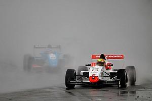 Formula Renault Qualifiche Lando Norris più veloce della pioggia, conquista la pole per Gara 1all'Estoril