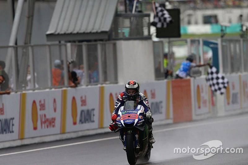 Lorenzo kreeg gewenste natte GP Maleisië, maar was machteloos