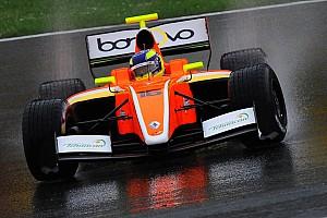 Formula V8 3.5 Qualifiche Dillmann beffa Vaxiviere e centra la pole per Gara 1 a Barcellona