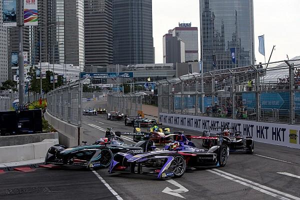 Гонщики Формули Е хочуть полагодити чорну діру в календарі