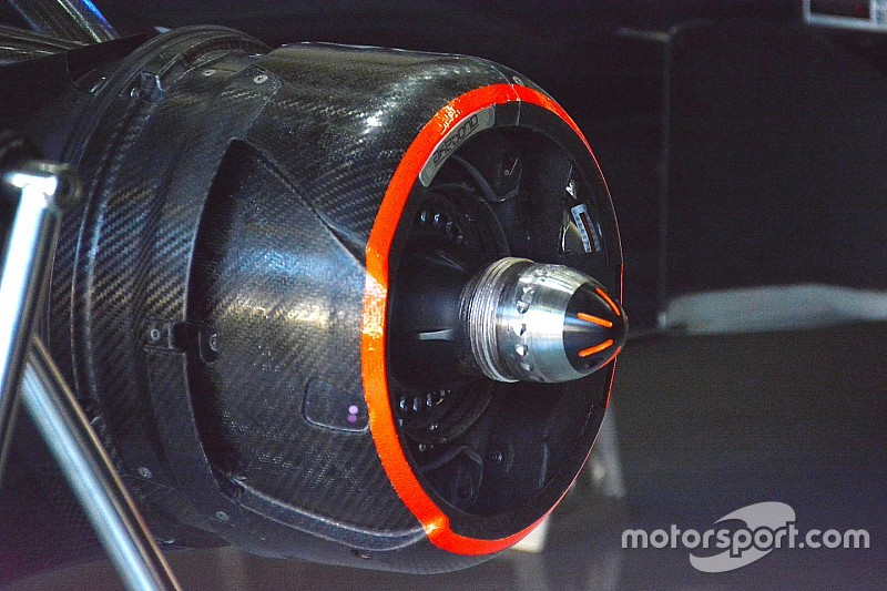 Técnica: Buje soplador tapado del McLaren