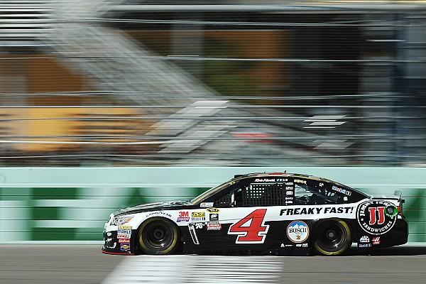 NASCAR Cup Kevin Harvick centra la pole nell'appuntamento conclusivo di Homestead