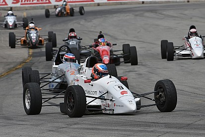 Nouvelle structure de classes en série Formula Tour 1600