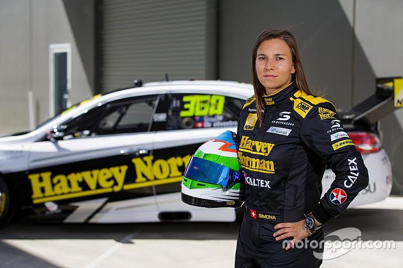 È la Nissan Motorsports la scelta di Simona De Silvestro