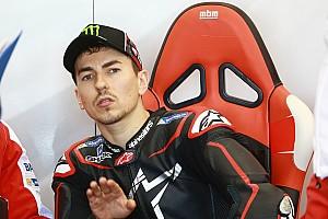 MotoGP Breaking news  Lorenzo: Tak akan mudah lebih cepat dari Dovizioso