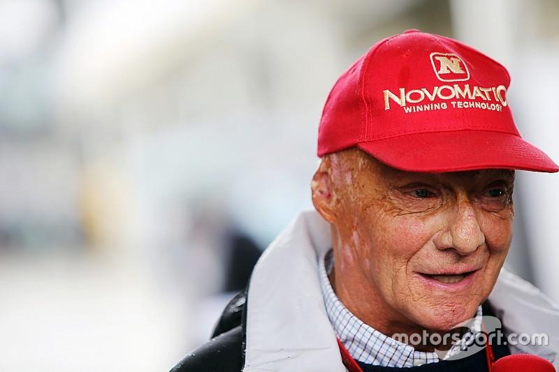 Para Lauda, la respuesta de Hamilton fue 'divertida', pero la prioridad es Mercedes
