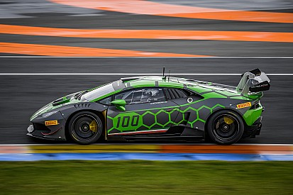 Dovizioso étonne pour ses débuts sur la Lamborghini Huracan