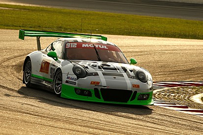 12h Sepang: Manthey Racing sichert Porsche die Pole-Position