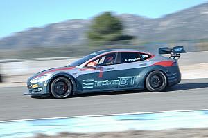EGT News Bildergalerie: Neuer Test der elektrischen GT-Serie