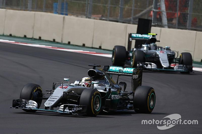 Ecclestone: só fim de era híbrida tira Mercedes do topo