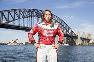 Supercars News Simona de Silvestro vor Supercars-Wechsel: