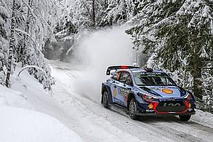 WRC Etappenbericht WRC in Schweden: Tänak fliegt, aber Neuville bleibt vorn