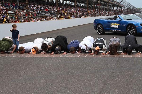 Kanaan lamenta la salida de KV Racing