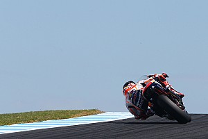 MotoGP Breaking news Rossi: Marquez pembalap yang harus dikalahkan