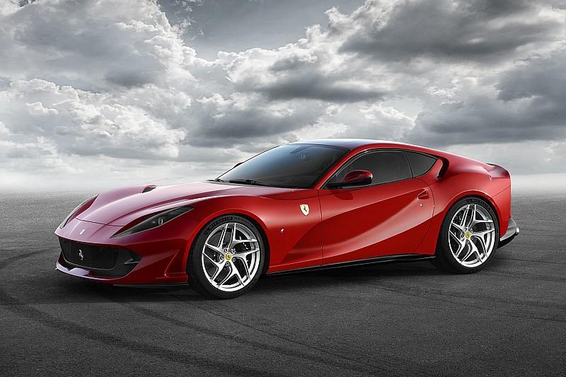 V12自吸引擎绝唱,法拉利发布812 Superfast